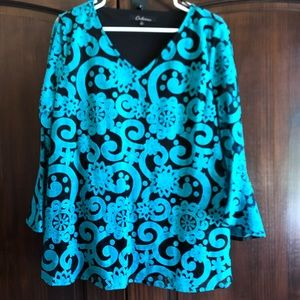Calessa Sz L turquoise v neck bell sleeve top